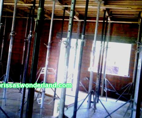Reinforcement of a monolithic slab with steel reinforcement Usually in stone houses, floors are made of ready-made reinforced concrete blocks. But sometimes it is necessary that a floor slab be made