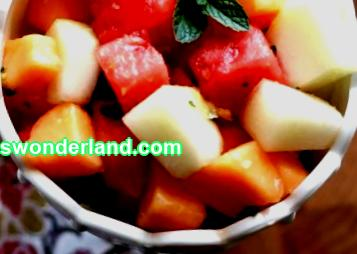 How to make fruit salad: tips and recipe