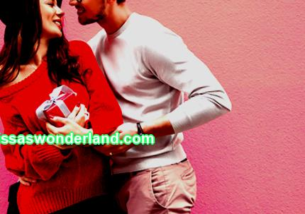 TOP 117 ideas What to give your girlfriend 27 gifts and Tips