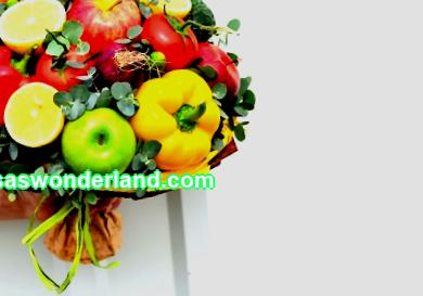 The best gift for a vegetarian: a bouquet of vegetables with your own hands